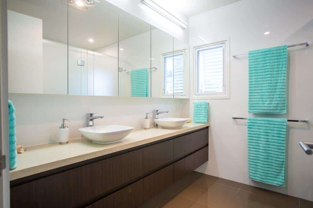 How To Choose The Right Bathroom Vanity